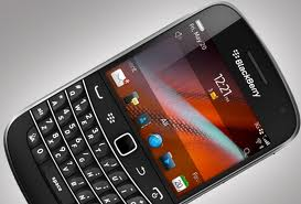 BlackBerry Bold 9900 on Contract
